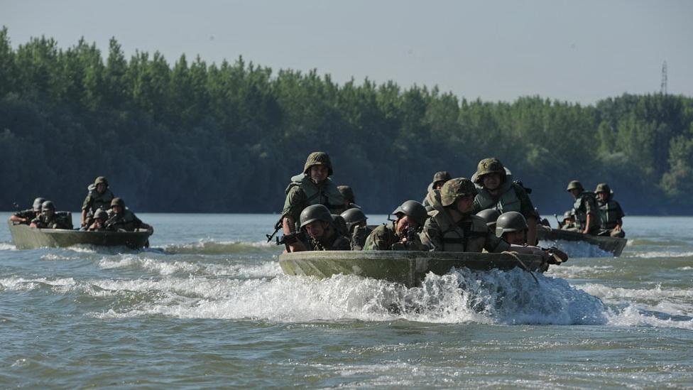 Десантни чамац алуминијумски М-70