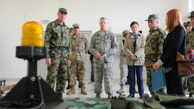 Handover of motor vehicles from the US grants in the base South