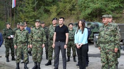 Ministar odbrane Zoran Đorđević i ministar pravde Nela Kuburović obišli Zajedničke snage vojske i policije na granici prema Bugarskoj