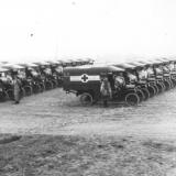 automobilski-odred-30-sanitetskih-fordova-1918.jpg