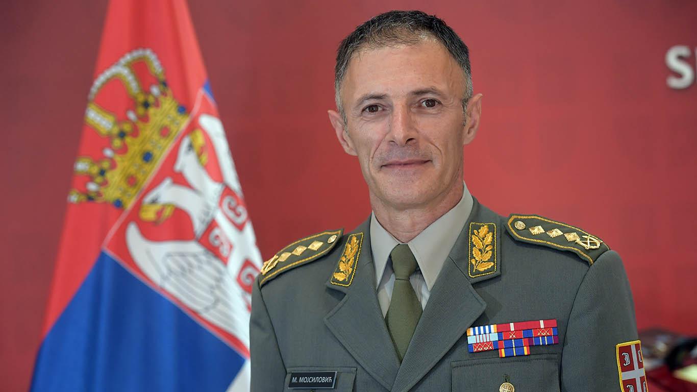 general-dikovic-dan-vojske-krusevac-2013.JPG