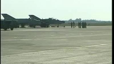 Završne pripreme pilota srpskog vazduhoplovstva za aeromiting 13.09.2009.