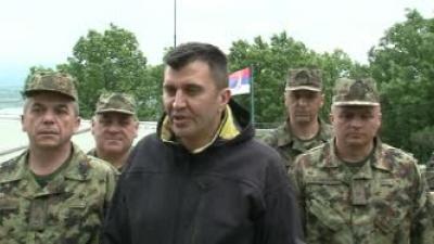 Ministar Đorđević proveo Vaskrs sa vojnicima