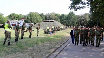 Обилазак обуке војника у Центру за обуку КоВ