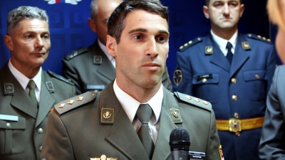 Капетан Душан Костић из 63. падобранског батаљона
