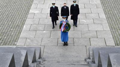 Polaganje venca na Spomenik neznanom junaku povodom Dana vojnih veterana