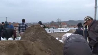 Припадници Војске Србије помажу у свим угроженим општинама