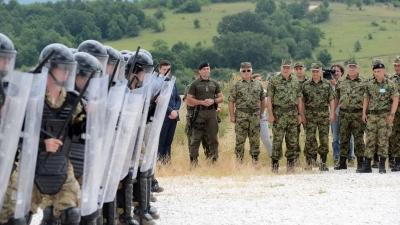 Генерал Диковић обишао учеснике вежбе Платинасти вук 18