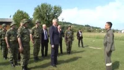 "Predsednik Nikolić obišao učesnike vežbe ""Morava 2016"""