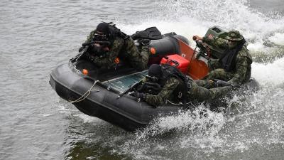 Training at the Kajtasovo Lock